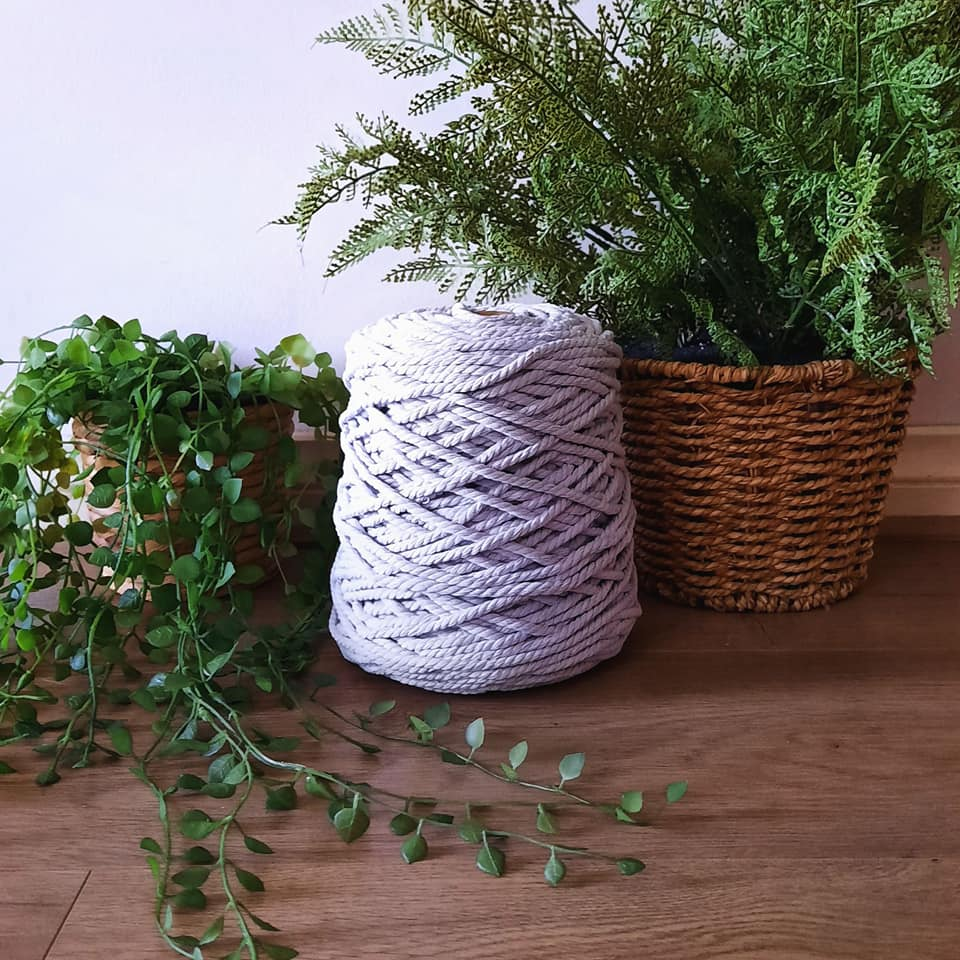 Image of 1kg Silver 3ply Rope