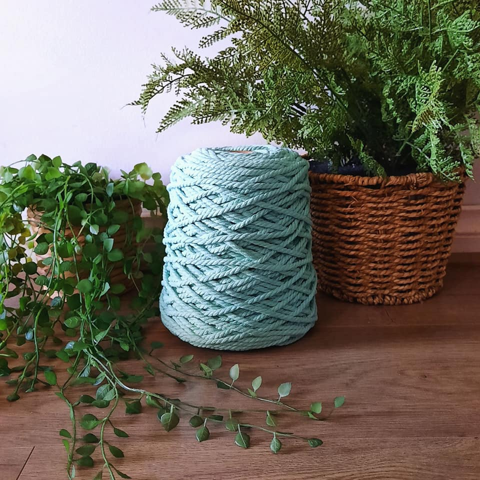 Image of 1kg Spearmint 3ply Rope