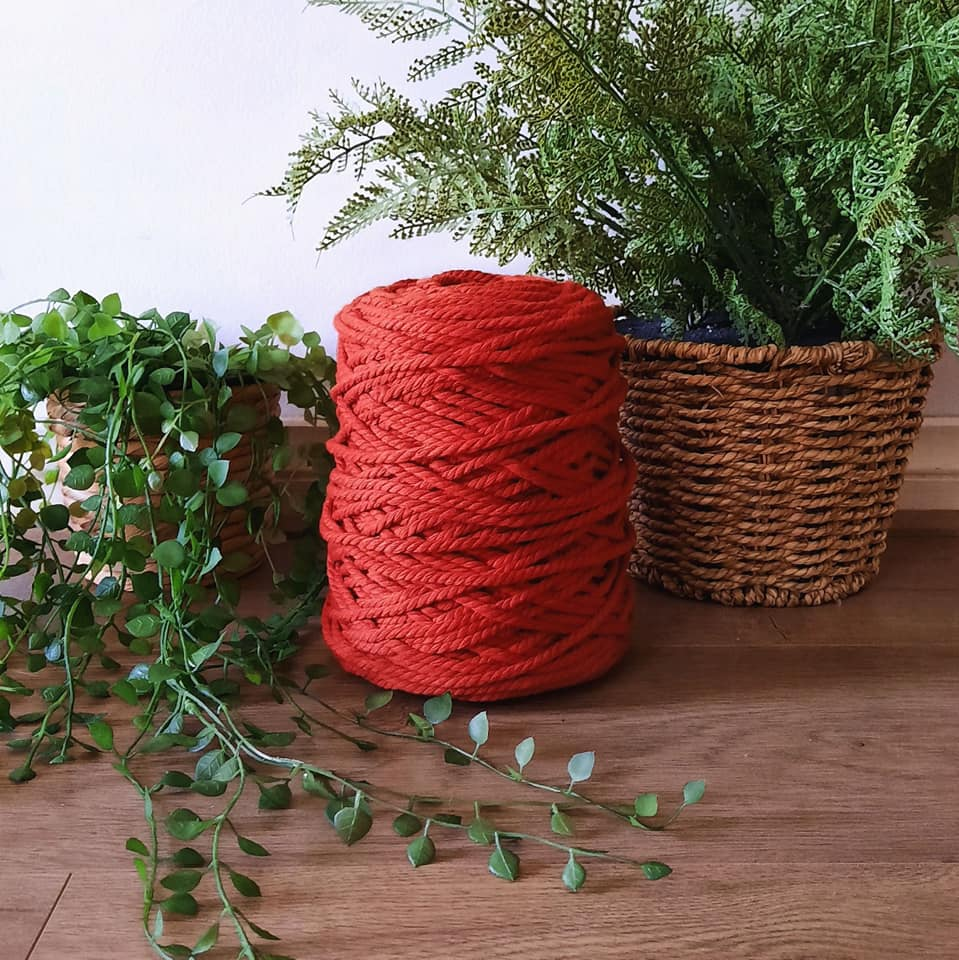 Image of 1kg Rust 3ply Rope
