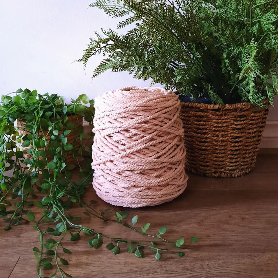 Image of 1kg Soft Peach 3ply Rope