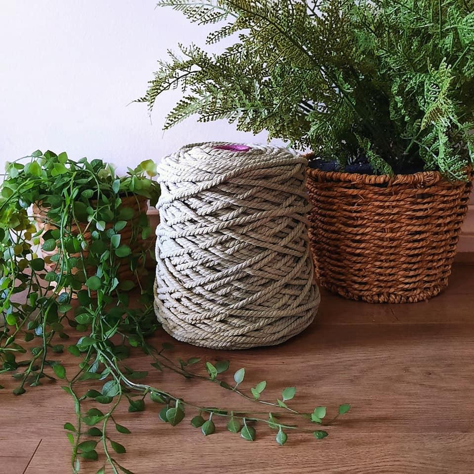 Image of 1kg Sage 3ply Rope