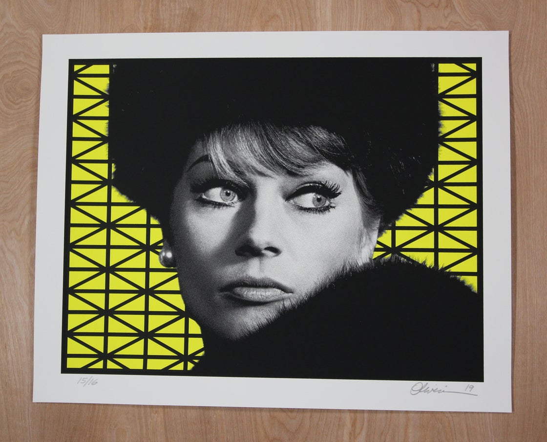 """Image of """"Paranoia"""" - Yellow Edition - Free Shipping to USA"""