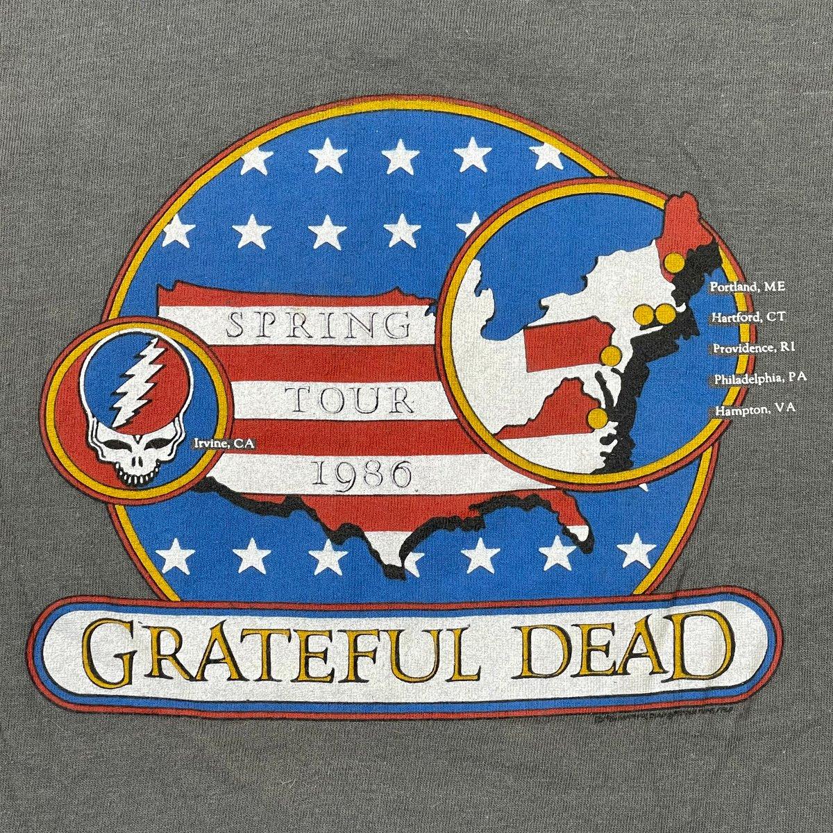 Original Vintage Grateful Dead Spring Tour 1986 Short Sleeve Tee!! - Medium