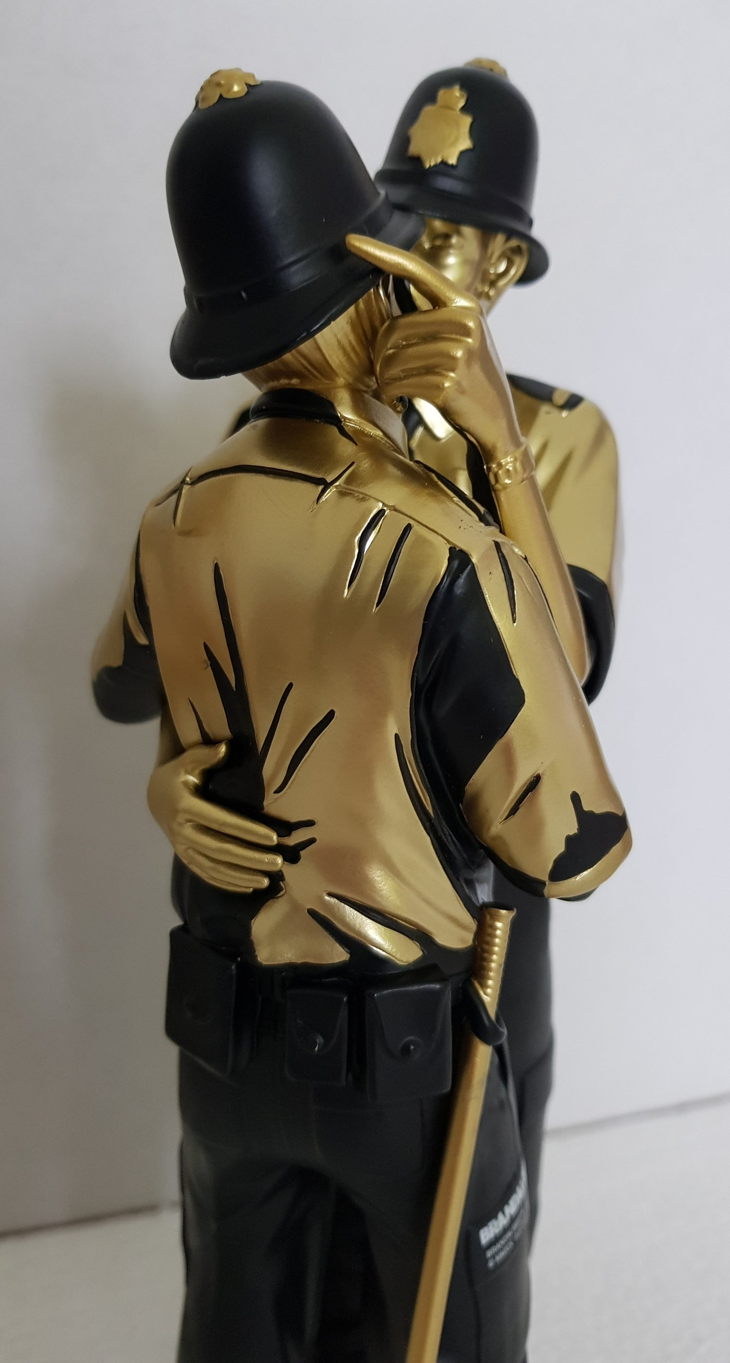 Image of KISSING COPPERS (GOLD) SCULPTURE BANKSY / BRANDALISED - BRAND NEW