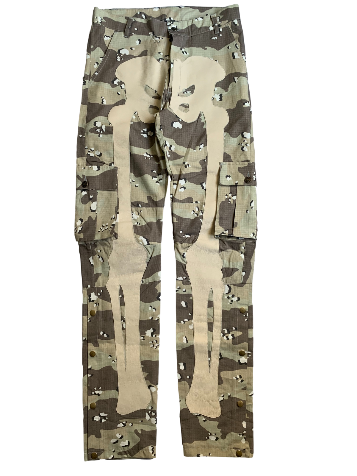 Image of CHOCOLATE CHIP CAMO SNAP CARGO BONE PANTS