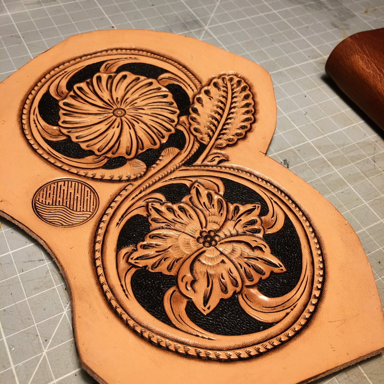Image of Sheridan Dual Flower Carving Pattern