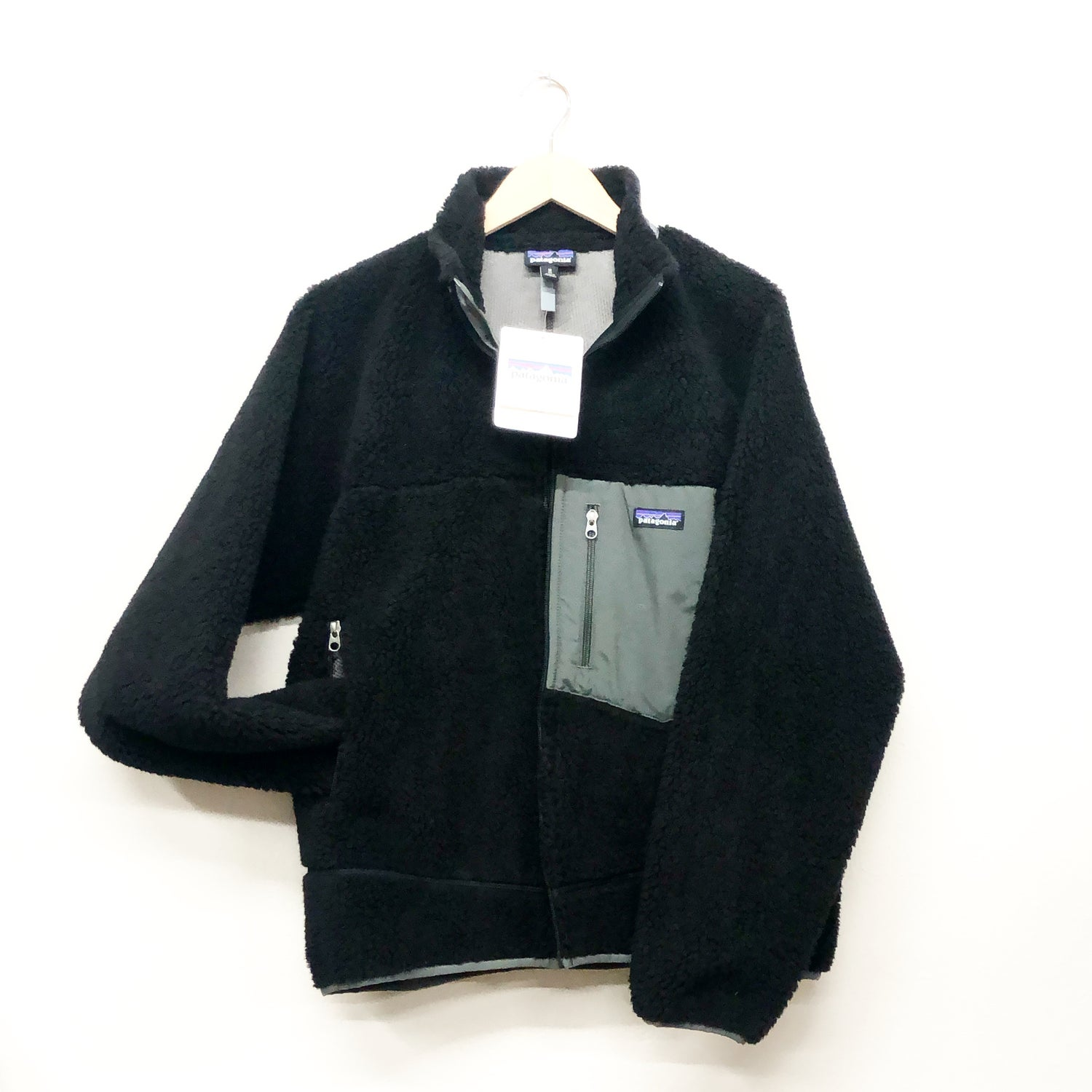 Image of Deadstock Patagonia Retro X Black M's Medium