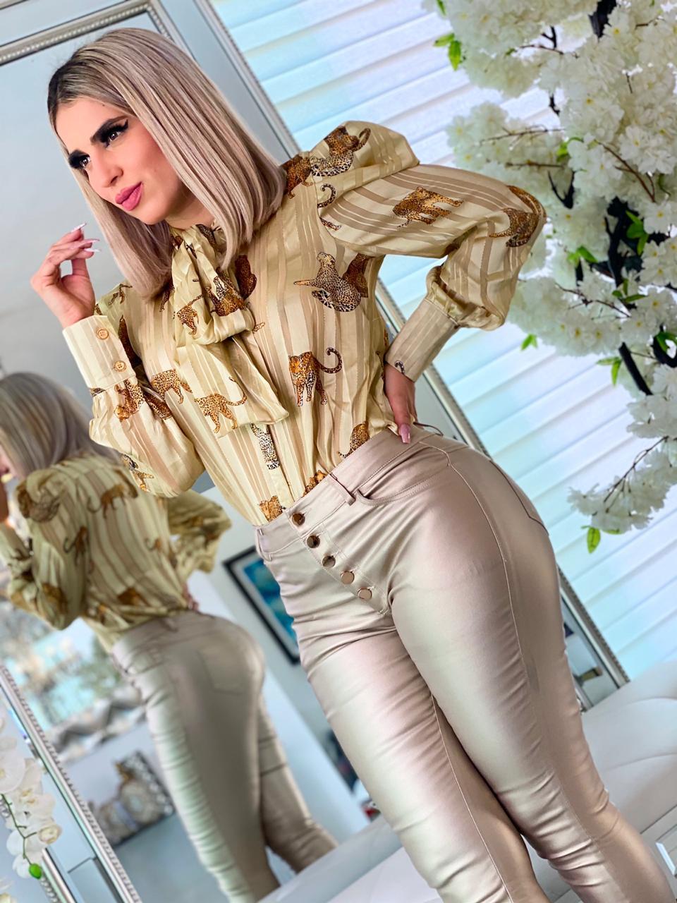 Image of BLouse(Blusa) Ciara