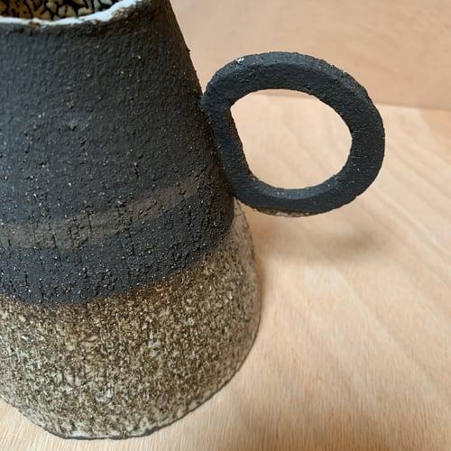 Image of Petit vase volcanique 3