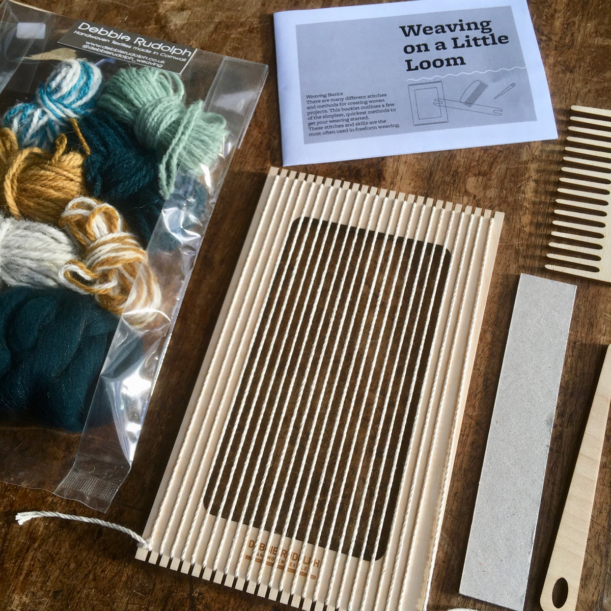 Image of Mini Tapestry Weaving Loom Kit - FREE ASSORTED RUG YARN PACK