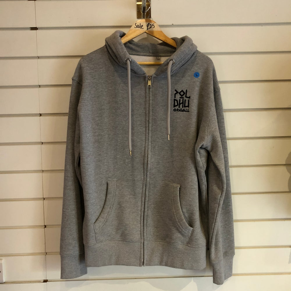 SALE • Grey Zipped Hoodie (LARGE)