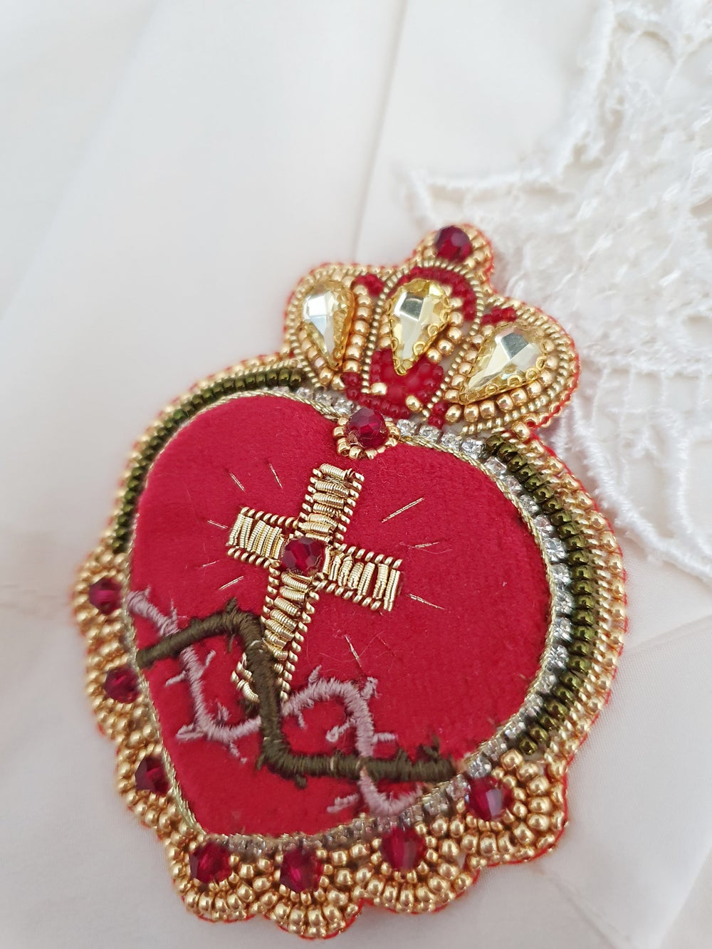 Image of Broche Ex Voto SACRED CROWN
