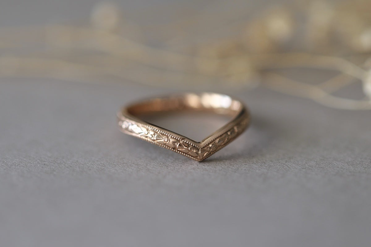 Image of 18ct rose gold, Primavera Wishbone ring 2.5mm