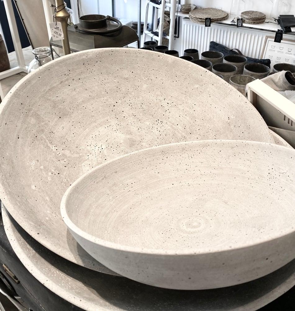 Image of CONCRETE BOWL - Two sizes
