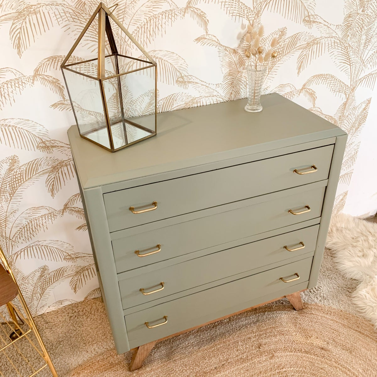Image of VENDUE/SOLD OUT Commode Gold