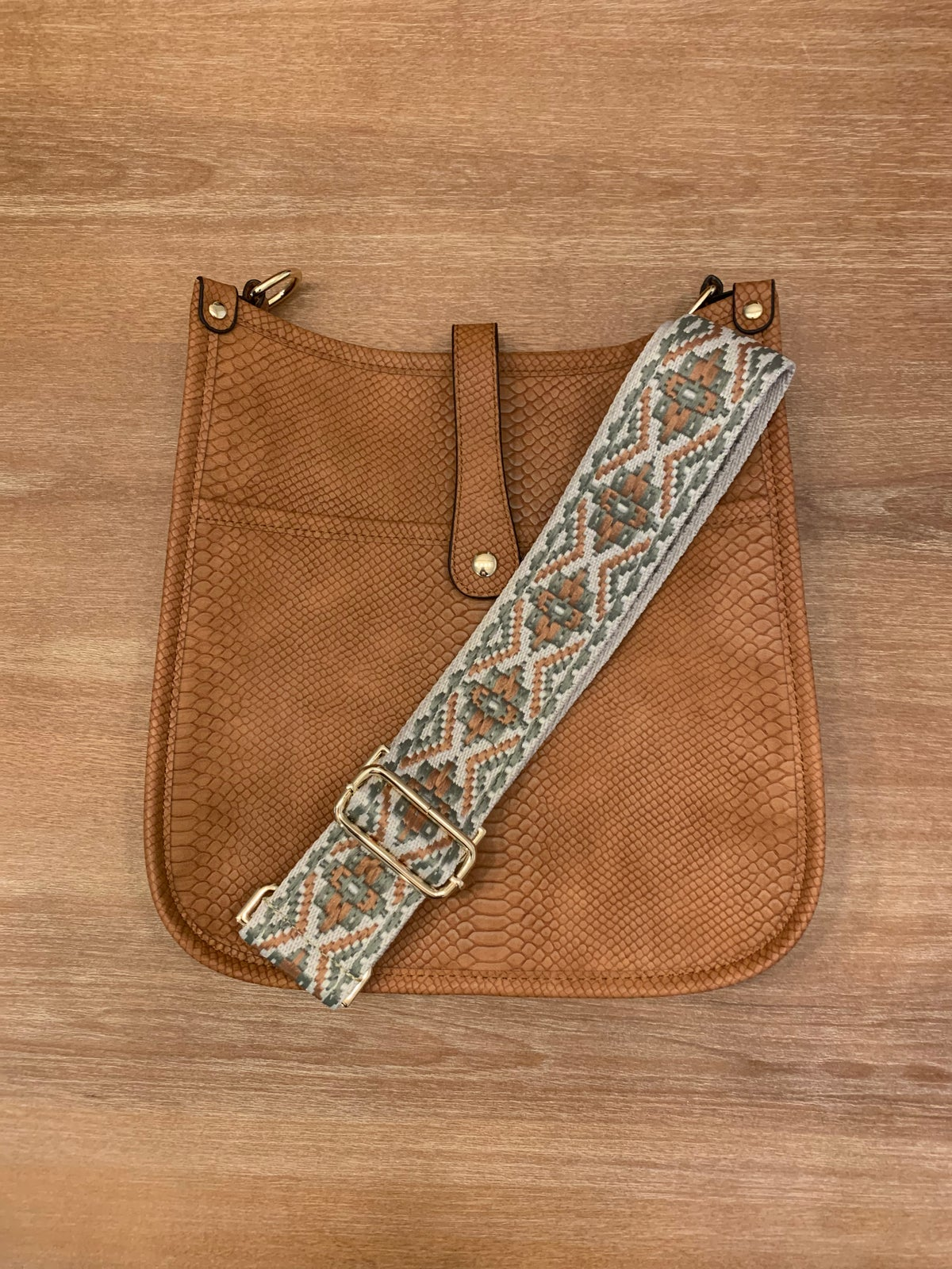 Image of Croc Pattern Vegan Crossbody w/ strap
