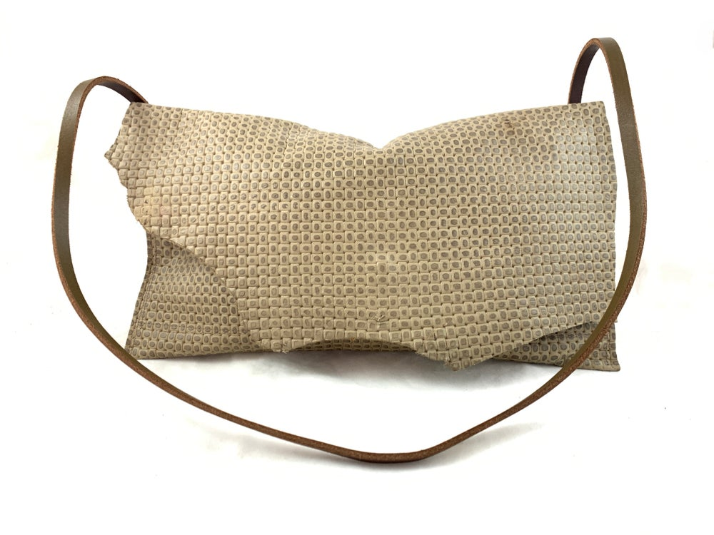 Image of shoulder bag (tan weave)