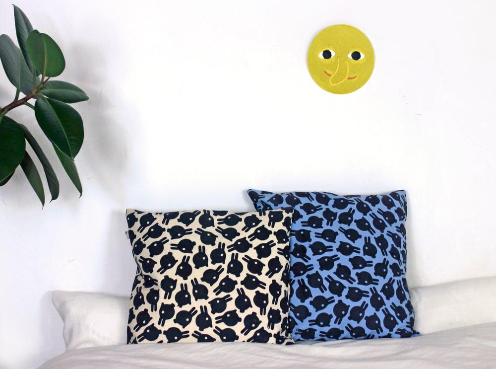 Image of Big Loner Cushion