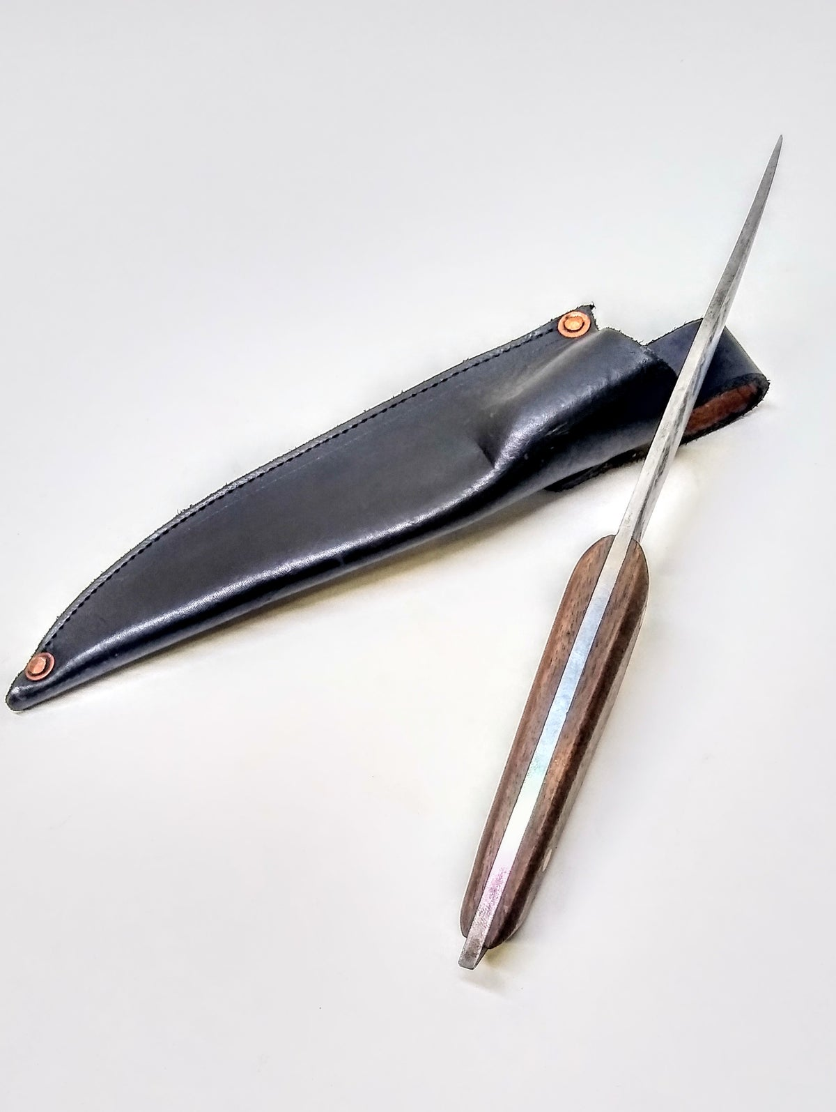 Image of High carbon steel blade and sheath