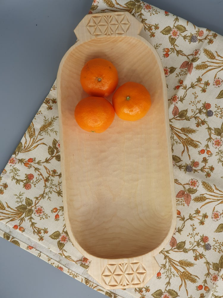 Image of Grooved fruit bowl