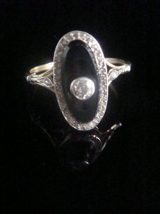 Image of FRENCH EDWARDIAN 18CT PLATINUM ONYX AND ROSE CUT DIAMOND OVAL RING