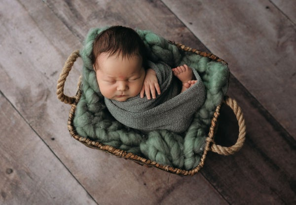 Image of The SIMPLY WRAPPED Newborn Session