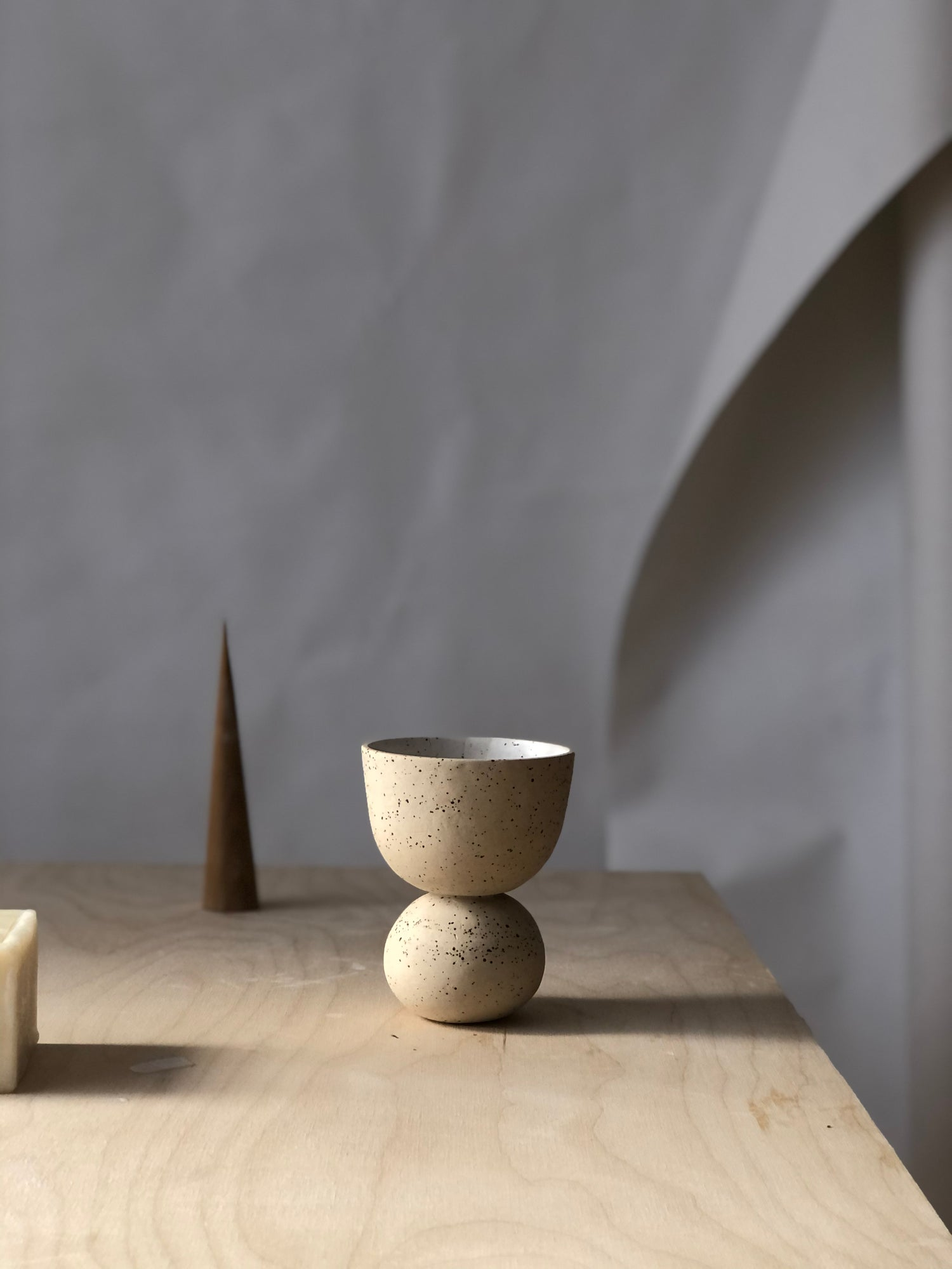 Image of SPECKLED BEIGE CHALICE