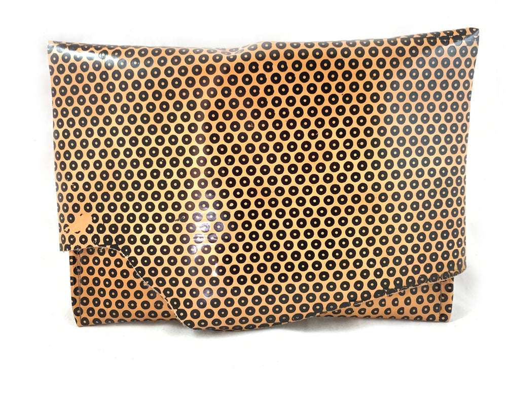 Image of maxi pouch (cafe dot)