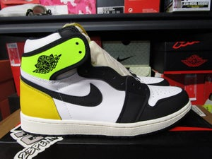 "Image of Air Jordan I (1) Retro High OG ""Volt/Gold"""