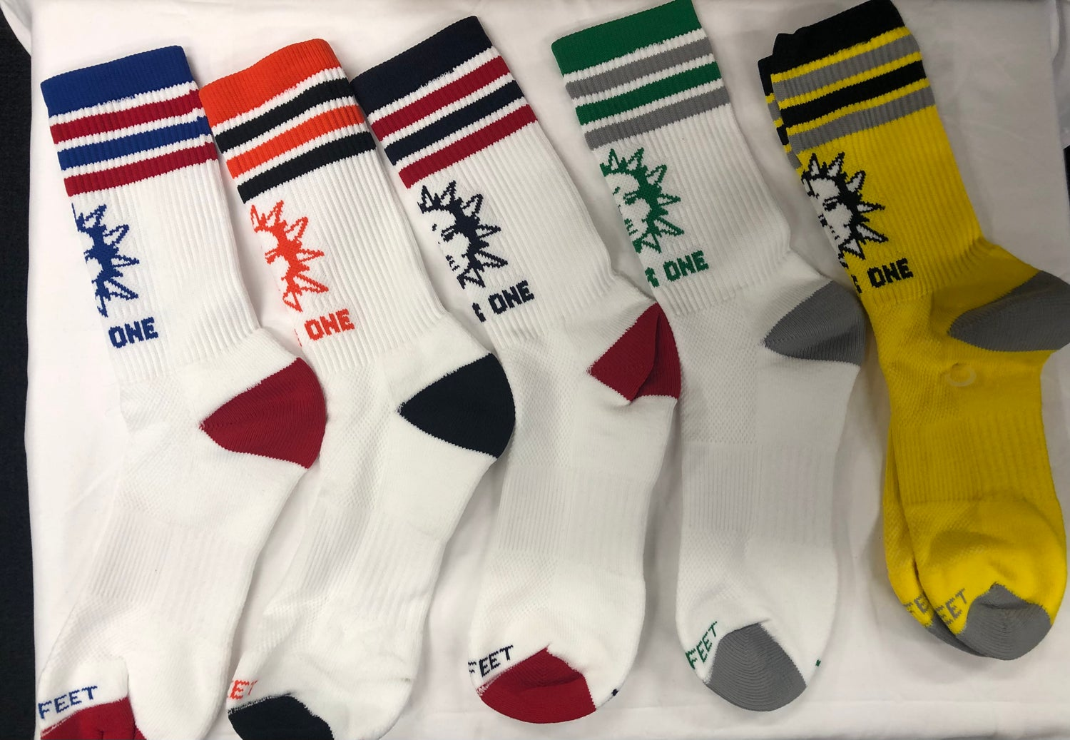Image of WR1 DRI FIT SOCKS