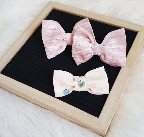 Image of Pink velvet piggies