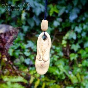 Image of Oak and mistletoe Goddess pendant (PE1391)