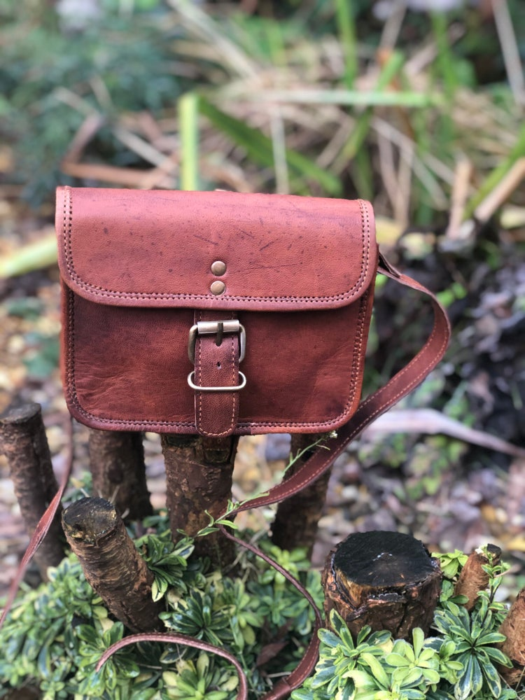 "Image of 7""x5.5"" -Small Handmade Leather Buckled Shoulder Bag"