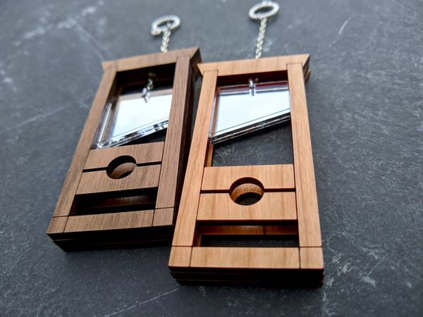 Image of Classic Guillotine Hardwood Kinetic Necklace