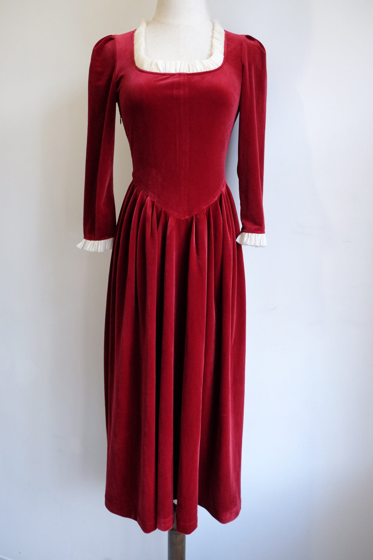 Image of SAMPLE SALE - Unreleased Dress 18