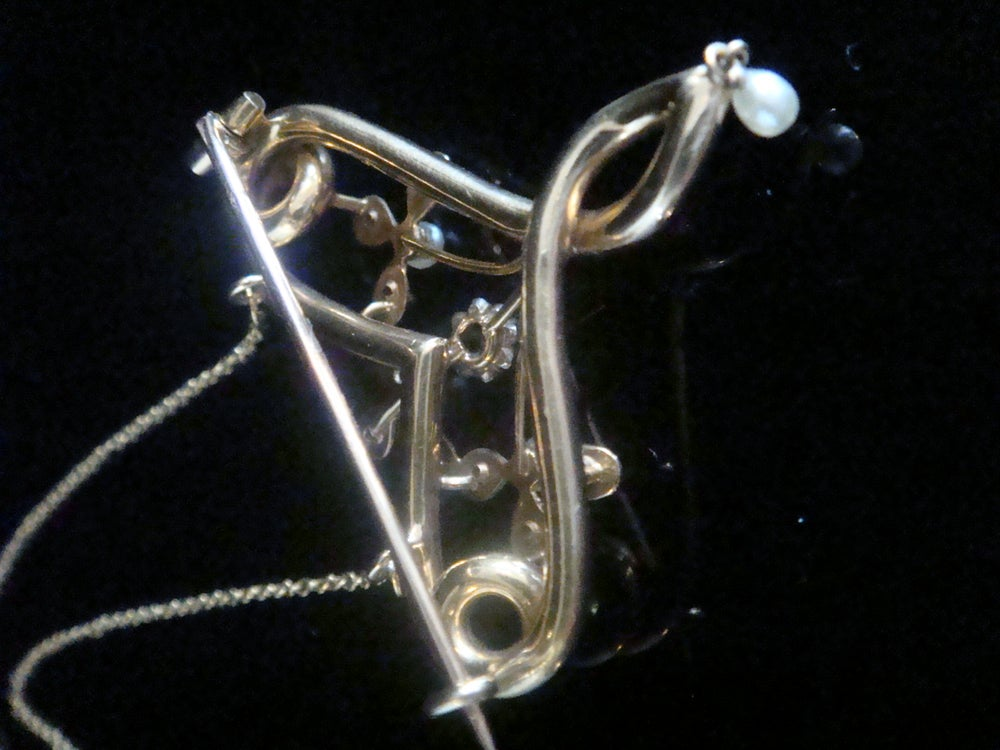 Image of ART NOUVEAU 15CT FRENCH DIAMOND AND NATURAL PEARL BOW HEART NECKLACE