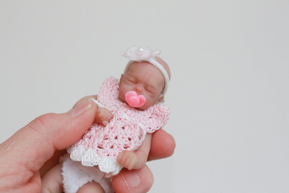 "Image of Heart Pacifier for 4-5"" Doll"