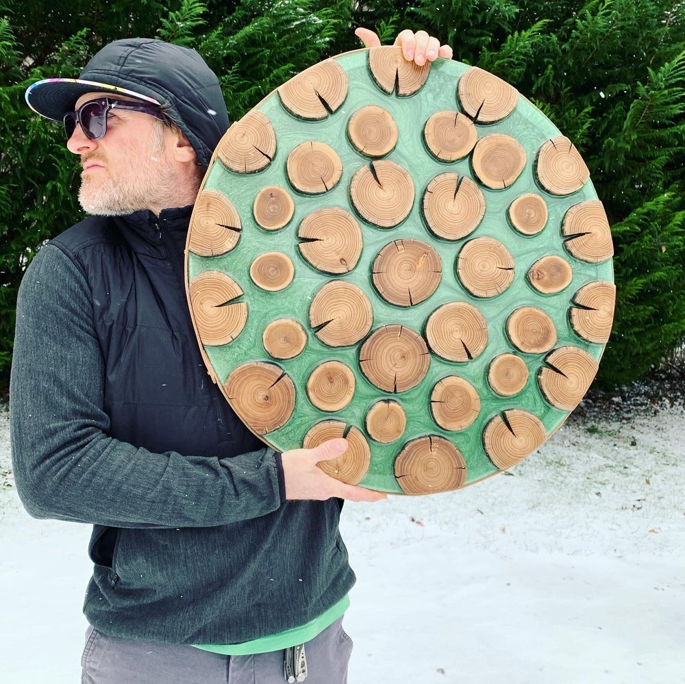 "Image of Wood slice wall art ""Green Flow"""