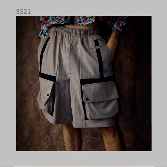 Image of SS21 - MULTI POCKET SHORTS