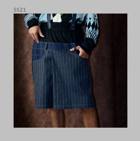 "Image of SS21 - ""KINGDOM of DENMARK"" JEAN SKIRT"