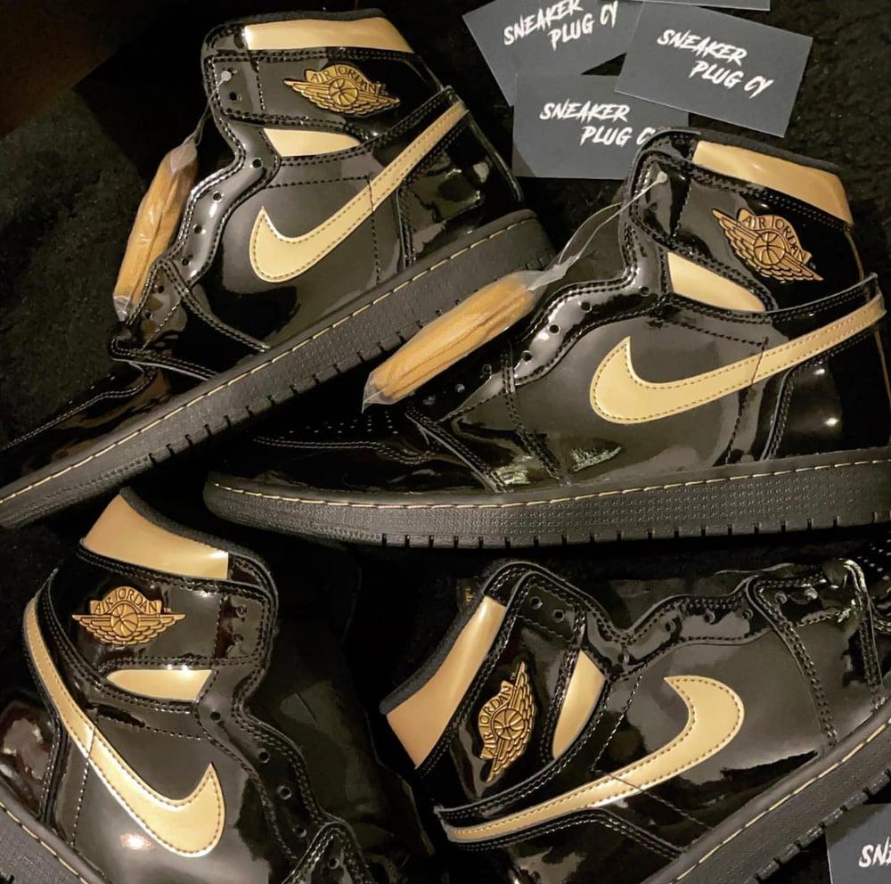 """Air Jordan 1 High """"Metallic Gold"""""""