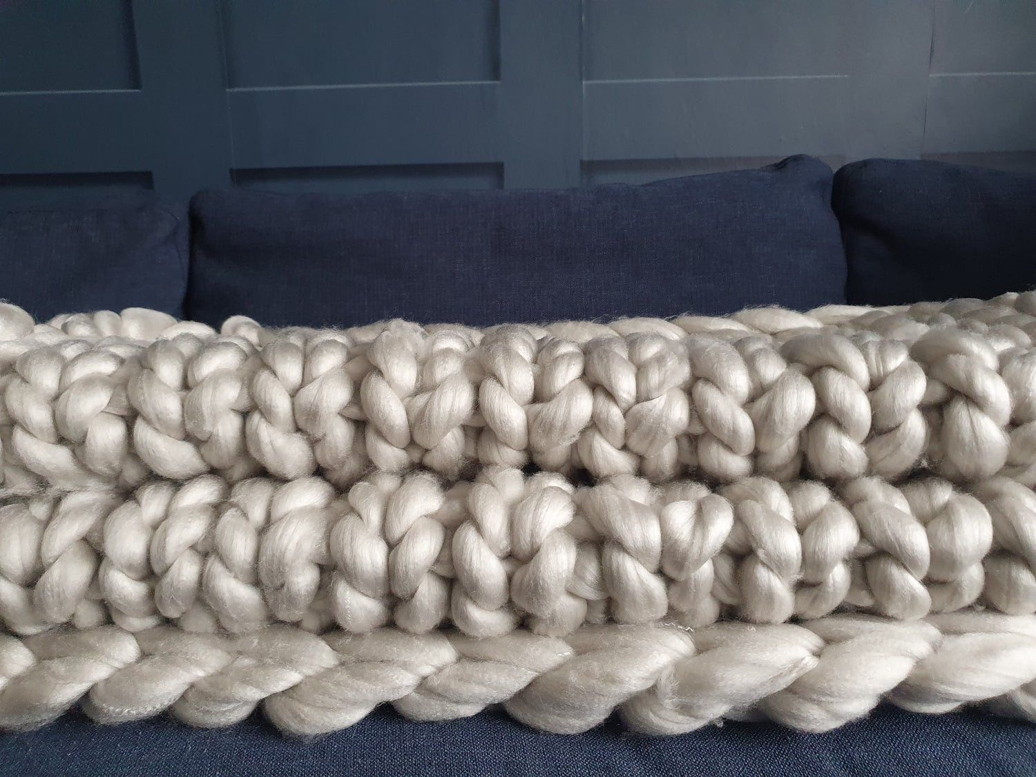 Image of Extra Large pearl chunky wool blanket/bed runner