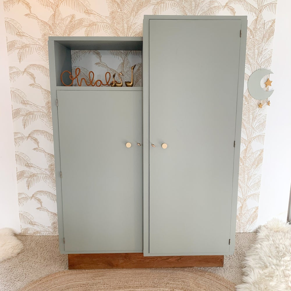 Image of VENDUE/SOLD OUT Armoire Asymétrique Mousse Gold