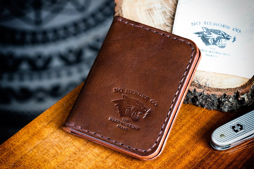 """Image of Corsair — """"Thoroughbred"""" Italian Cowhide Leather Front Pocket Wallet"""