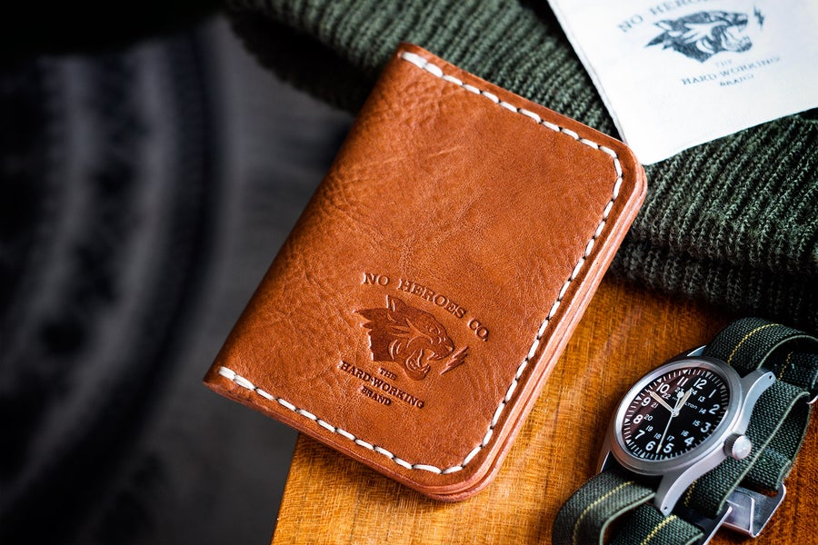 """Image of Corsair — """"Antique Saddle"""" Italian Cowhide Leather Front Pocket Wallet"""