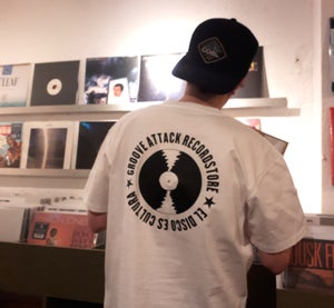 Image of Groove Attack Recordstore - El Disco Es Cultura - T-Shirt