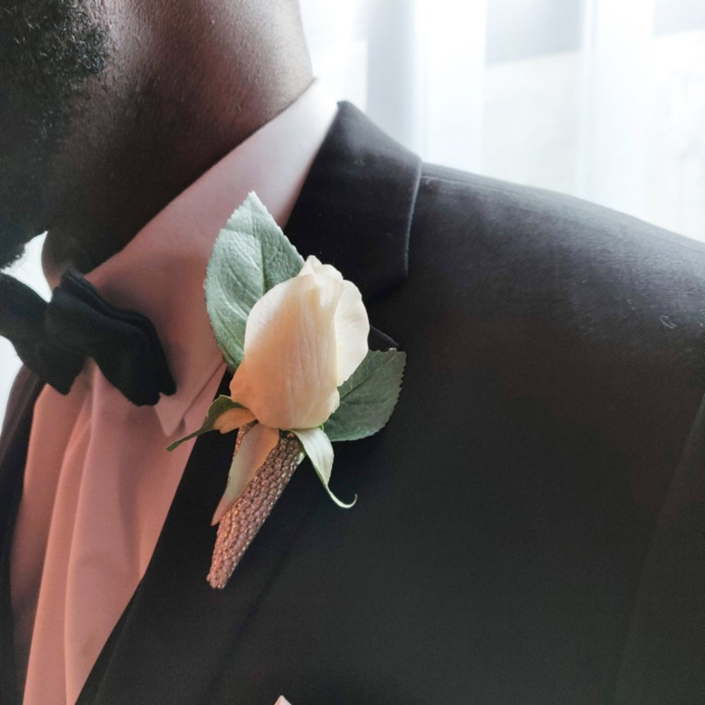 """""""Michael"""" Bling Boutonniere Holder (Available in other colors)"""