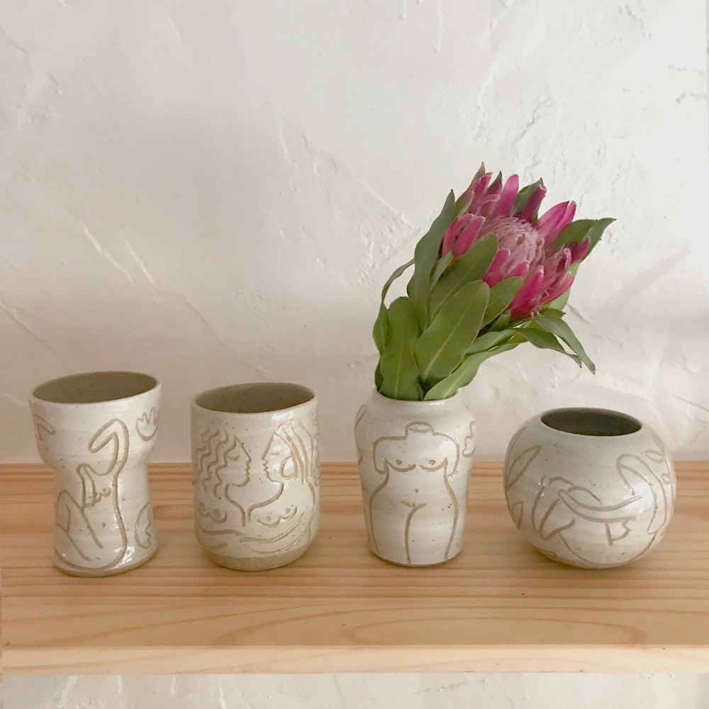 Image of muse vase small