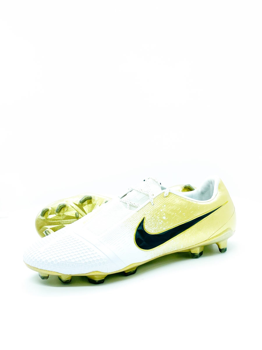 Image of Nike Phantom Venom Limited edition
