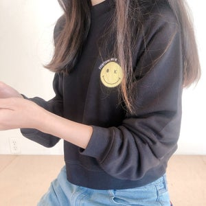Everything will be OK Graphic Crop Sweatshirt
